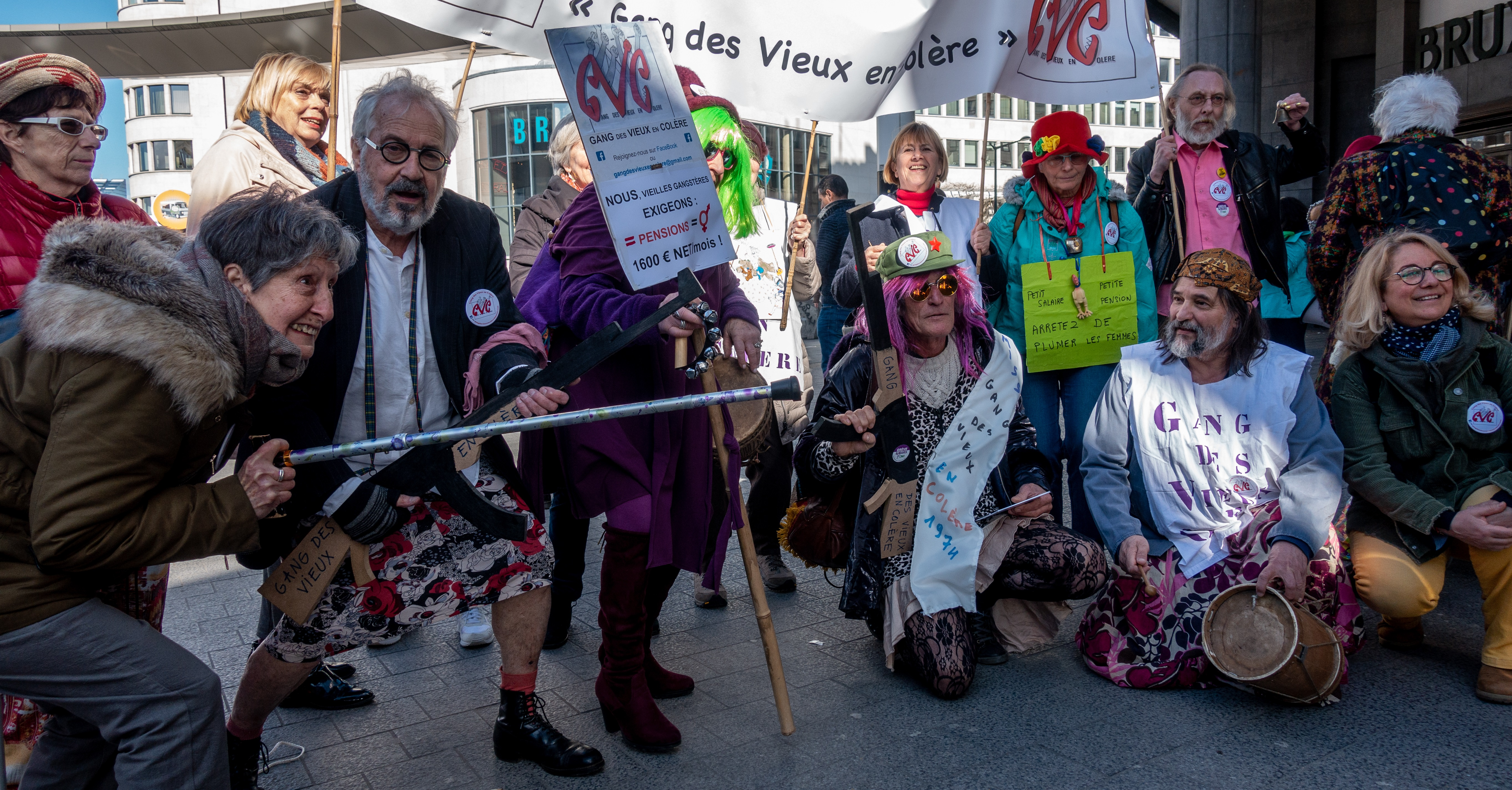 Gang des Vieux en Colère participating in the 8th March protest in Brussels